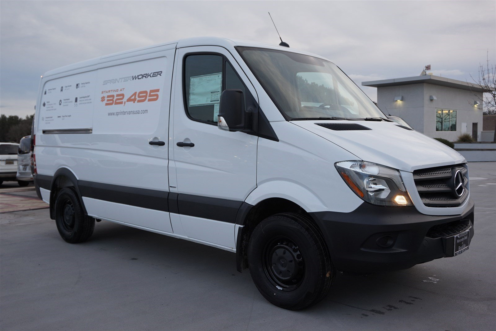 New 2016 mercedes benz sprinter cargo vans worker full for Mercedes benz sprinter cargo van